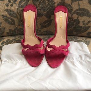 Size 37.5 Prada kitten heels